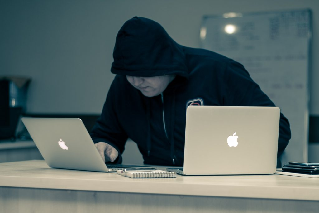 Crypto Dusting Attack — What is it and How to Protect Your Anonymity